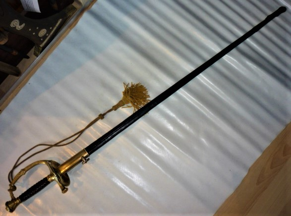 épée d'officier de marine  P1110011