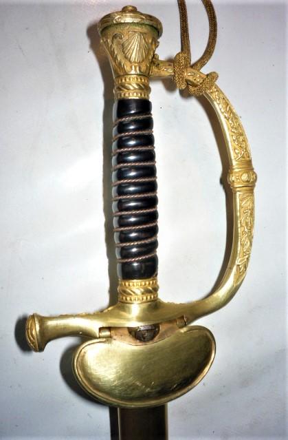 épée d'officier de marine  P1110020