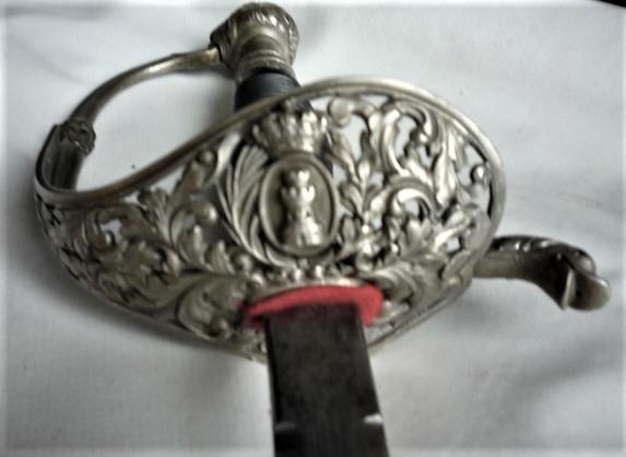 épée espagnole?? P1110548
