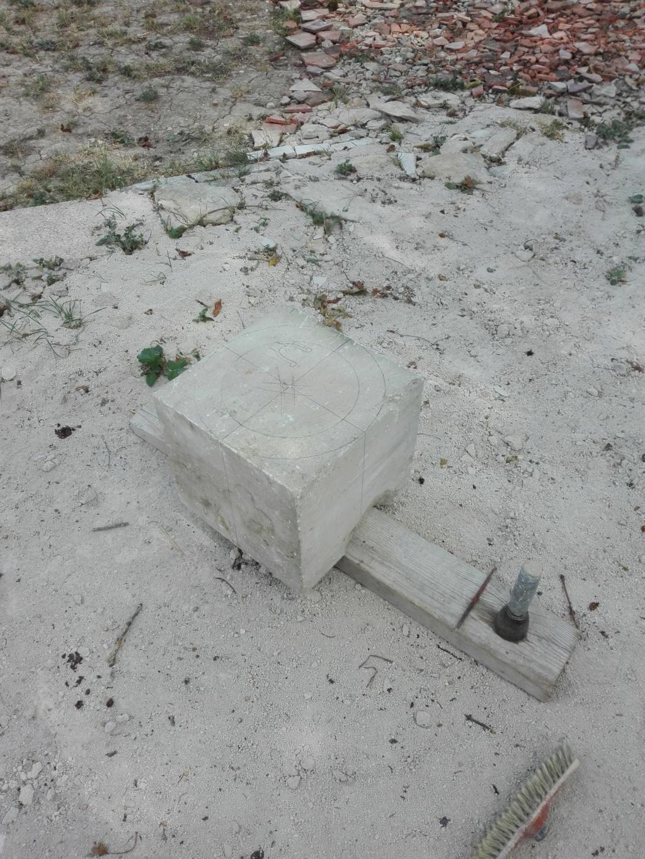 Vase en pierre Img_2119