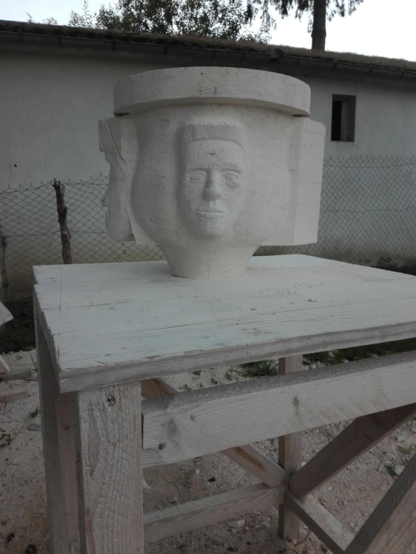 Vase en pierre Img_2123