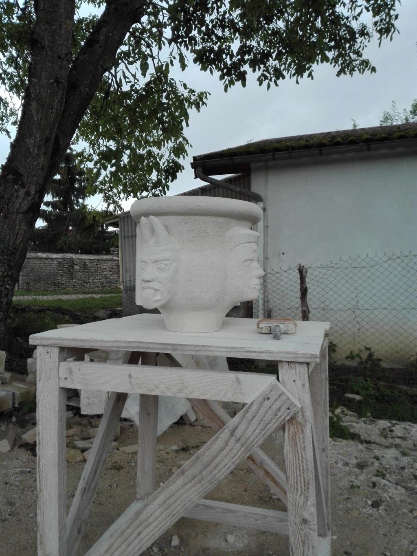 Vase en pierre Img_2125