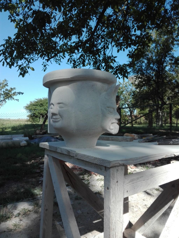 Vase en pierre Img_2128