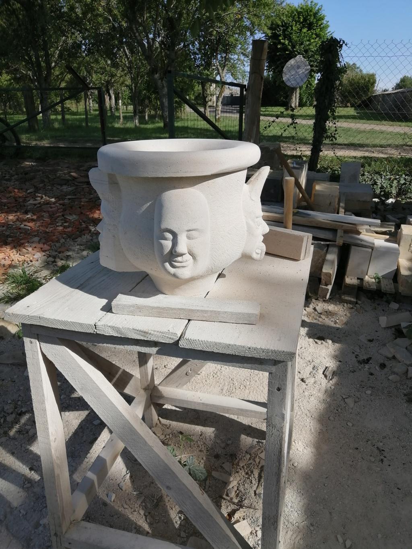 Vase en pierre Img_2130