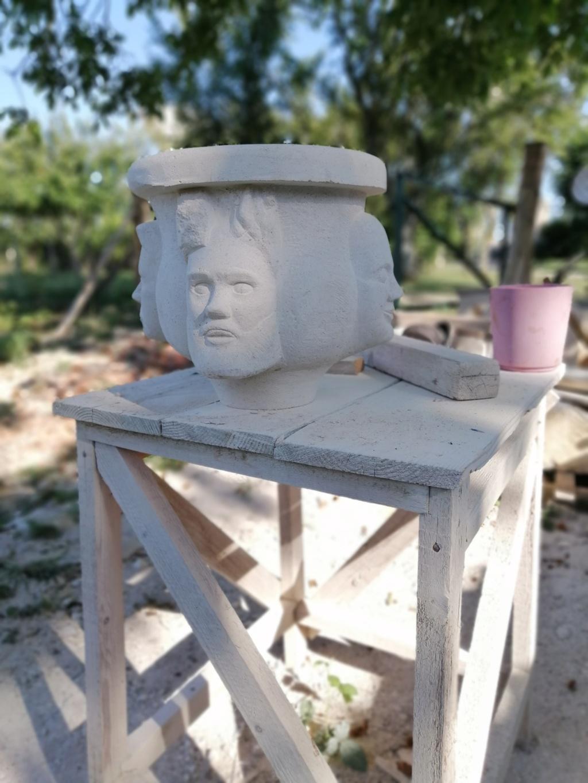 Vase en pierre Img_2134