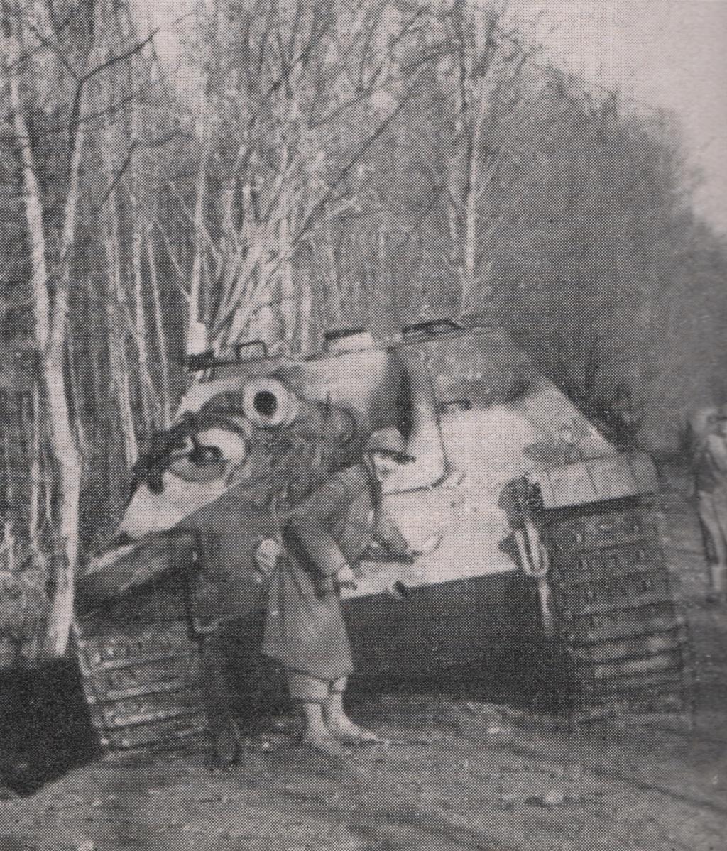 Jagdpanther Seppois 1944 Combat10