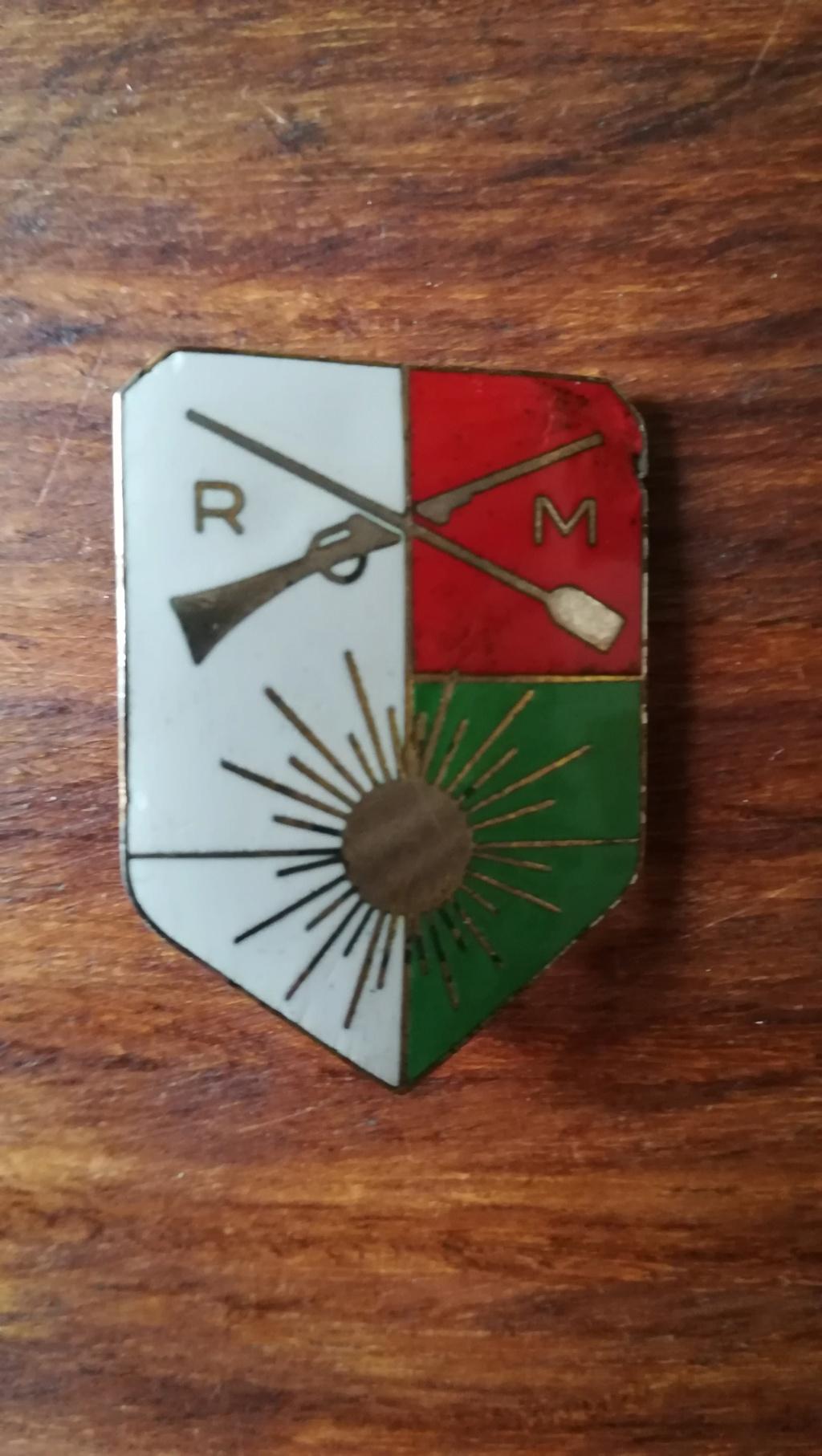 Insigne RM Service Civique Madagascar (identifié)  Img_2391