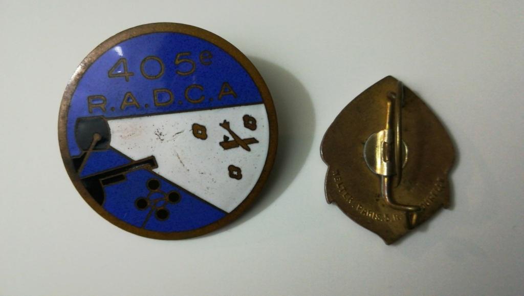 Des insignes 2ème DB, 1940 et un coupe coupe Img_2429