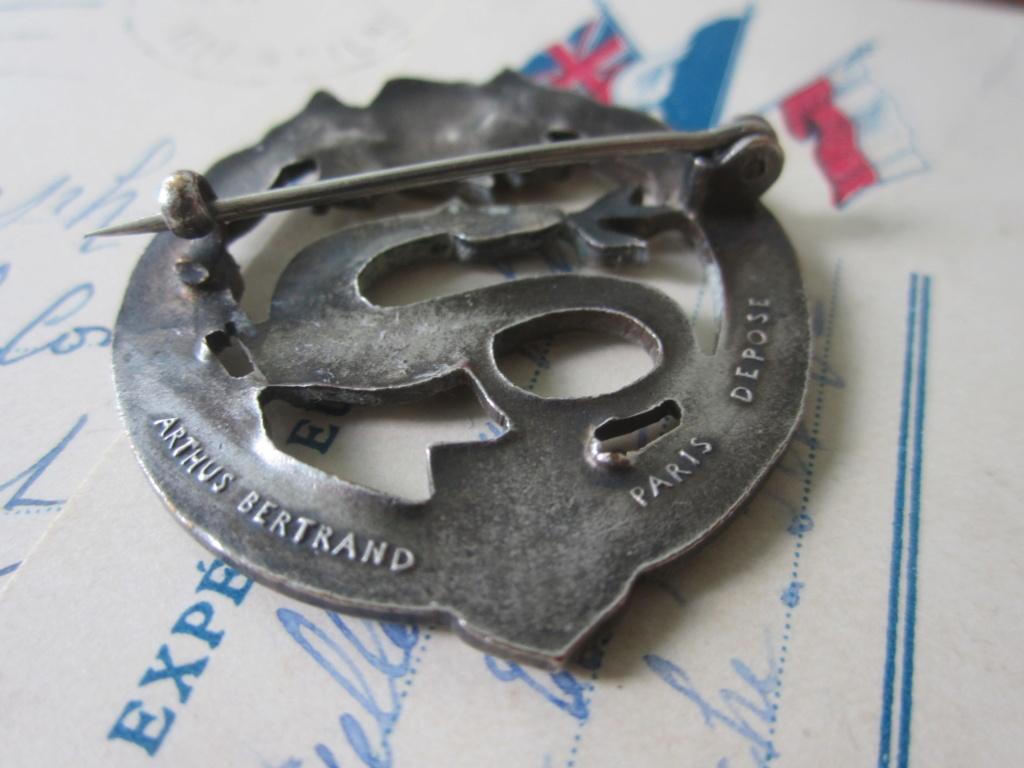 CHARS DE COMBAT : insigne du 1er BCC Img_6416