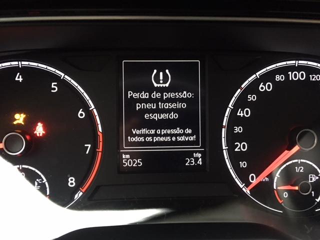 Sensor de pressão dos pneus e capa dos álbuns de música na multimídia Img_8210