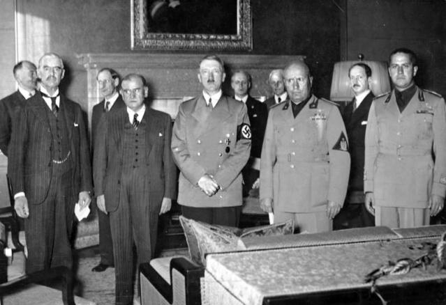 Ce jour-là : 30 septembre 1938 Munich Bundes14