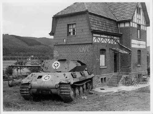 Ardennes 1944 Dernier sursaut. Dernier saut… Char_t10