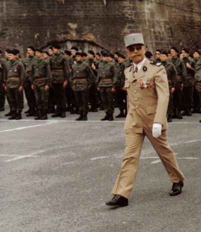 Général Pierre HEUX Colone10