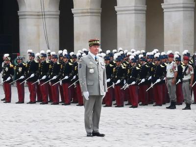 Adieu aux Armes du général BOSSER  Genera11