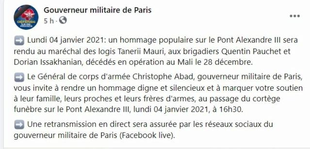 Mali : Décès de trois soldats appartenant au 1er régiment de chasseurs  Hommag11