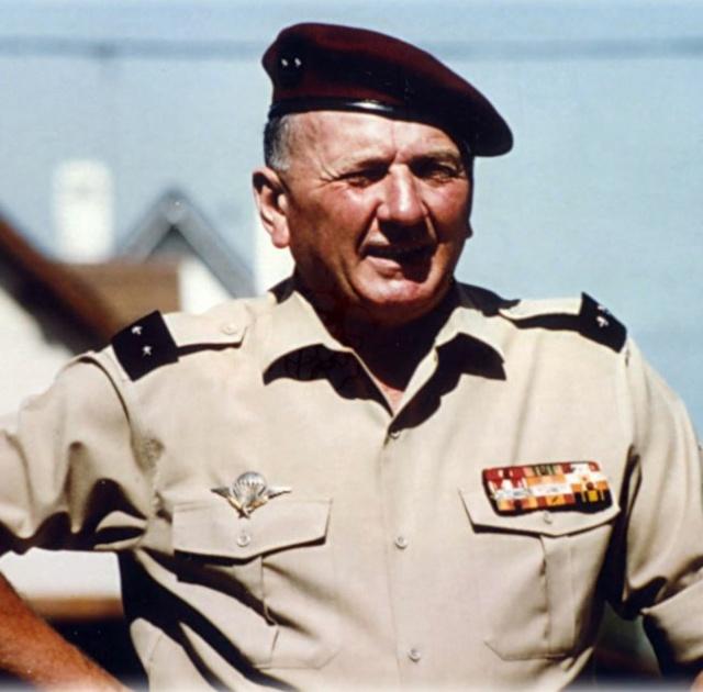 Général Pierre HOVETTE Hovett11