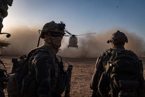 Mali : djihadistes tués près de la frontière burkinabè Mali13