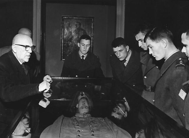 Des Saint Cyriens  à Vienne en 1964 Muszoe11