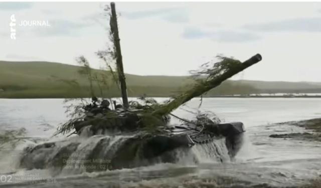 Russie : 2.685 chars de combat en service Russe11