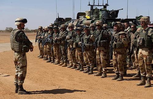 Opérations aéroportées, posers d'assaut en 2013. Serval10