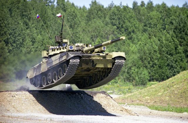 Russie : 2.685 chars de combat en service T80_ru11