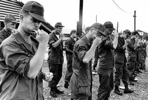 31 janvier 1968 lancement de l'offensive du Têt Tet_de10