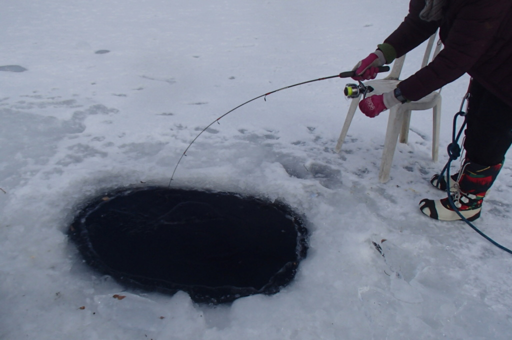 Ice fishing, comme on dit outre atlantique... P1200910