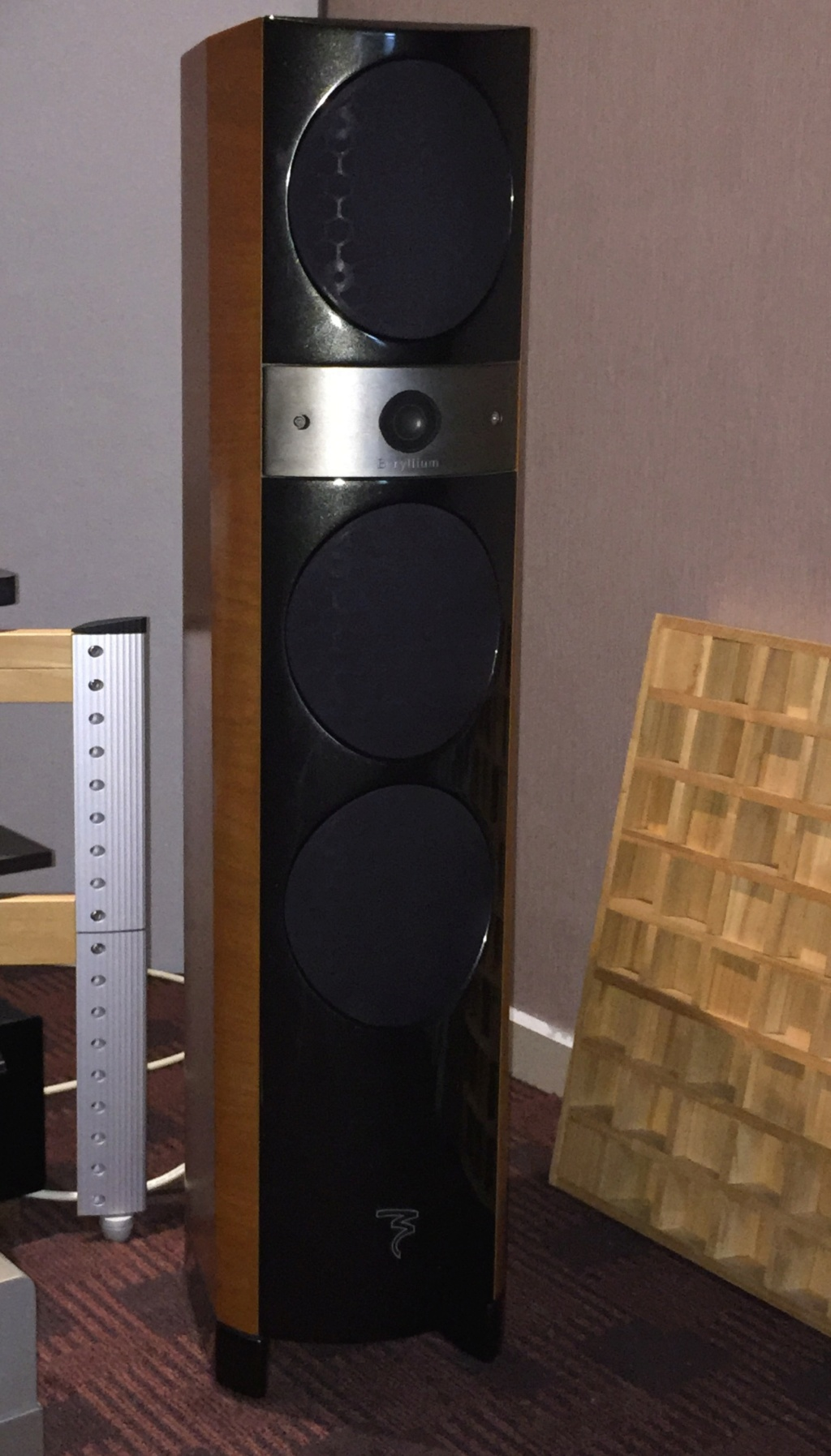 Focal 1027BE floor stand speaker – Made in France (Sold) 335