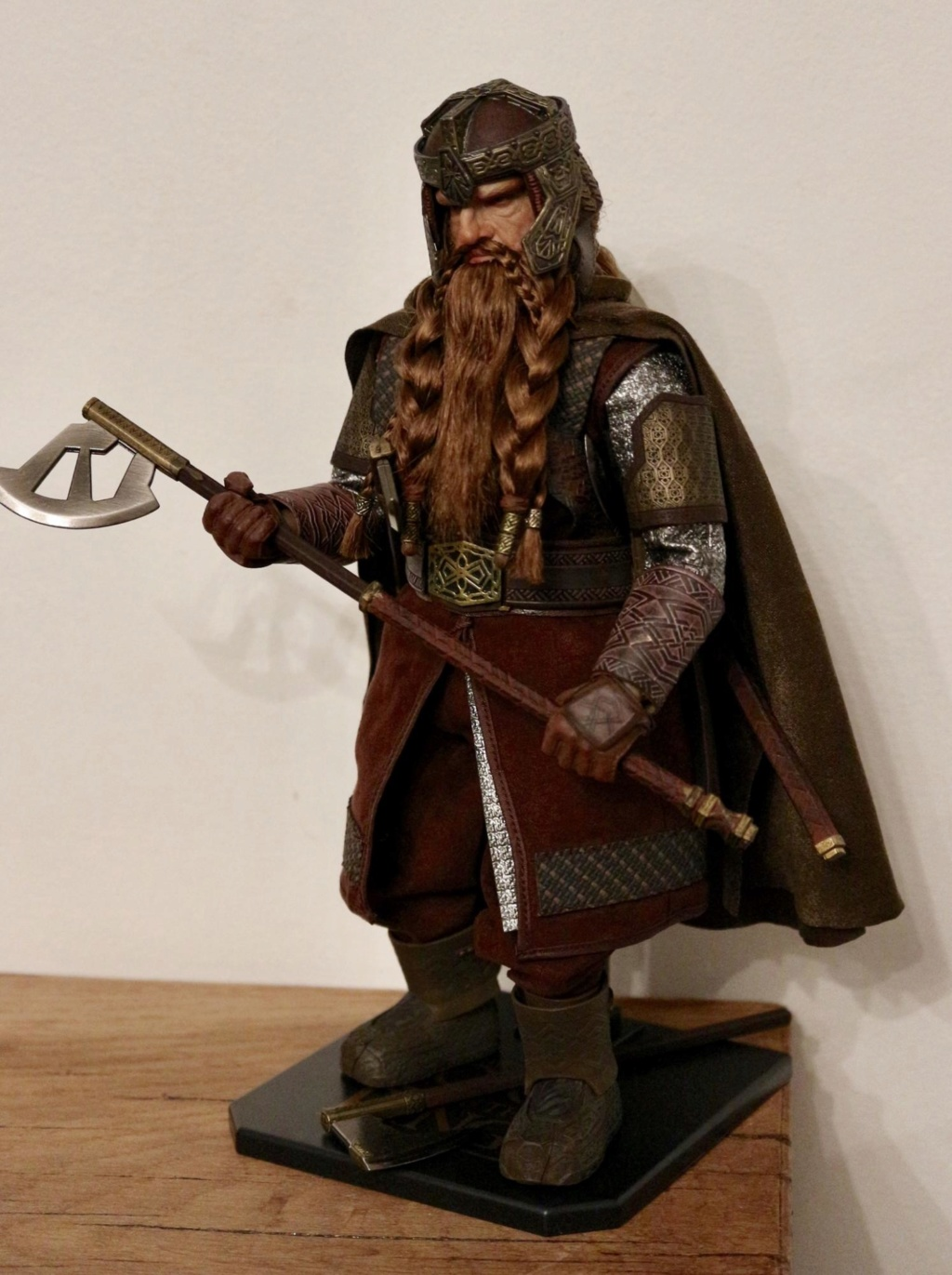 NEW PRODUCT: Asmus Toys The Lord of the Rings Series: Gimli (LOTR018) Timeme15