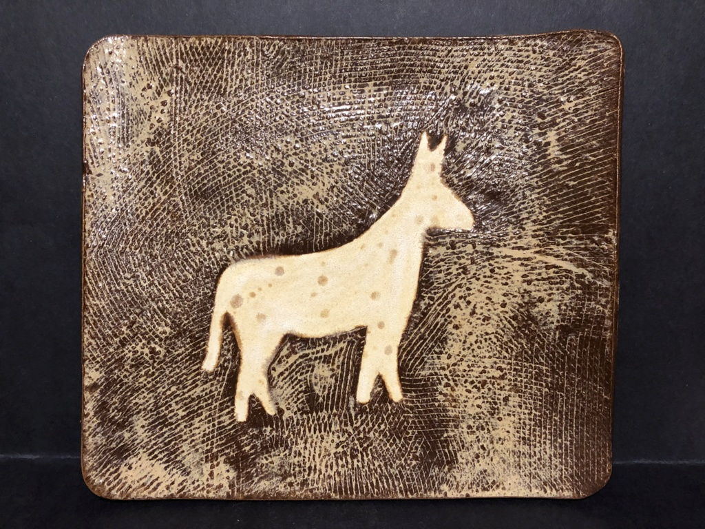 PLEASE HELP! SIGNED CERAMIC ART POTTERY HORSE TRAY? CKLAY? 2005 Img_5315