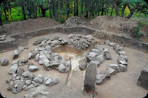 Острів Хортиця – святилища древніх богів та стародавні поховання предків (фото). Aaa_ia24
