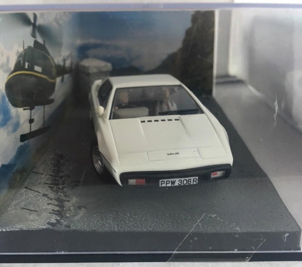 "007 Lotus Esprit "" LA SPIA CHE MI AMAVA"" Lot_210"