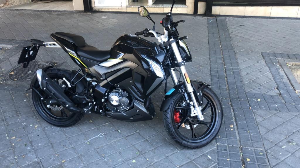 Mi nueva moto rkf negra D42f7f10