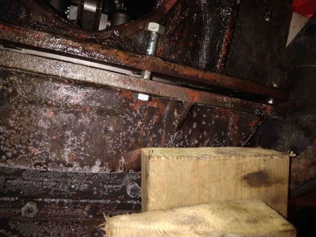 990 Taavetin kytkin ei irrota kunnolla, katkaisu tehty, - Sivu 8 Img_2027
