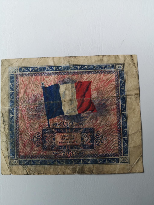 2 Francos Franceses, 1944 15914315