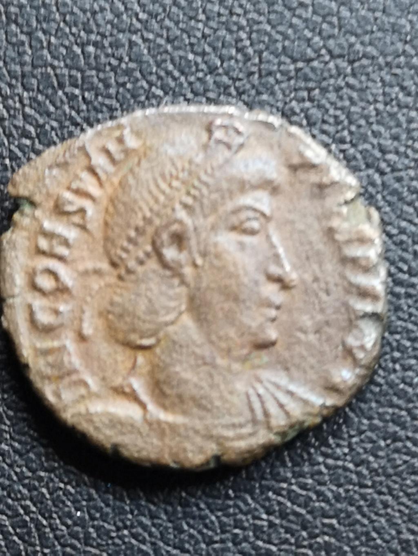AE3 de Constancio II. FEL TEMP REPARATIO. Soldado alanceando jinete. 15916212