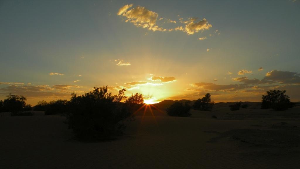 [nos beaux pays : la France, le Maroc et .....  le Monde] Couchers de soleil - Page 13 191_ds10