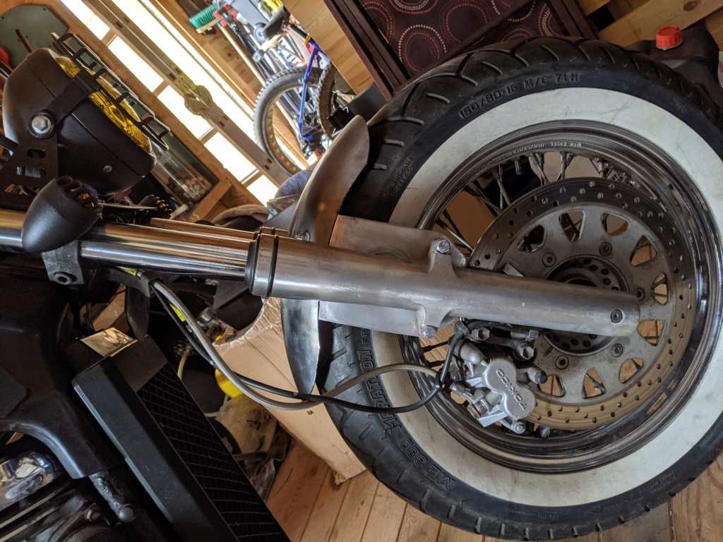VL800 cafe Racer + Bobber = Clobber my build Pxl_2031