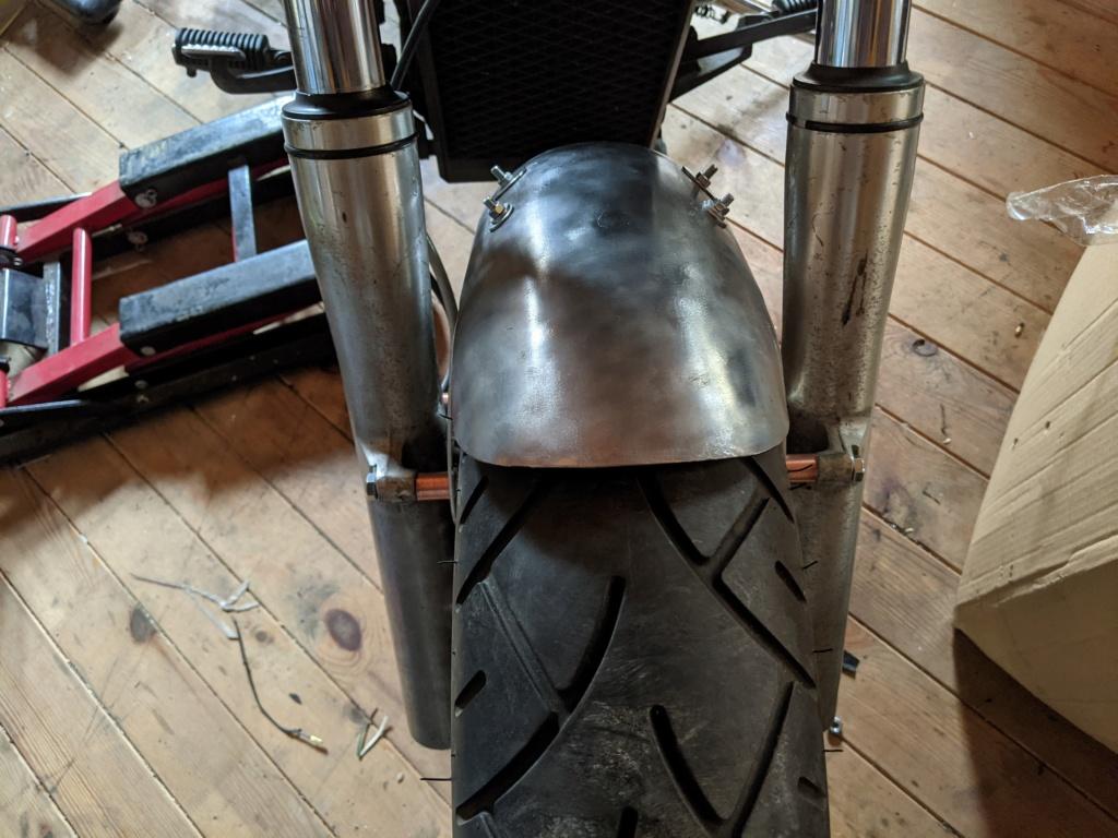 VL800 cafe Racer + Bobber = Clobber my build Pxl_2033