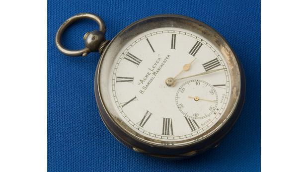 Des montres qui appartiennent à l'histoire ...  110