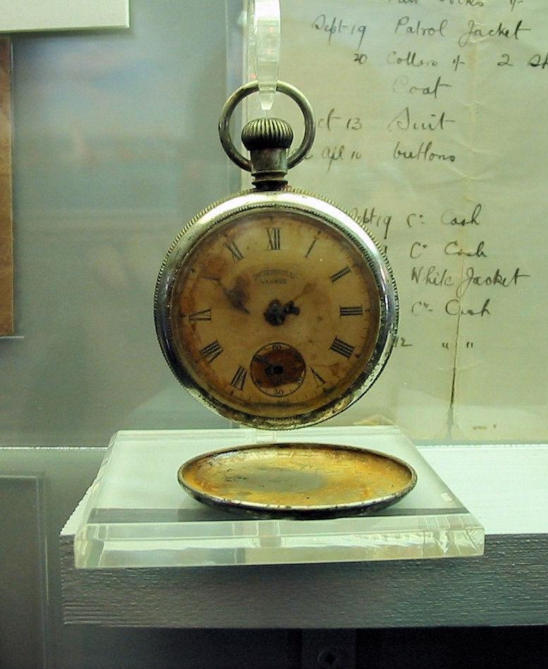 Des montres qui appartiennent à l'histoire ...  30825710