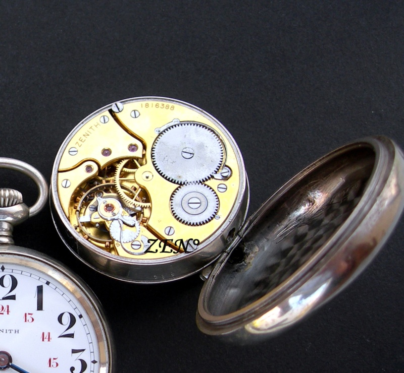 Quelle montre pour Roald Amundsen en 1911 et en 1926 Amunds12