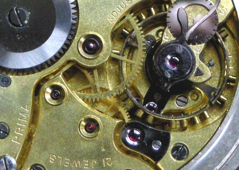 Une montre d'observation des sous-marins de la Navy Britannique Armae_12