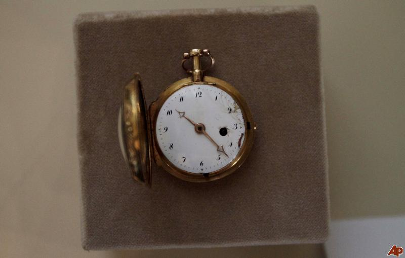 Des montres qui appartiennent à l'histoire ...  Cuba-n10