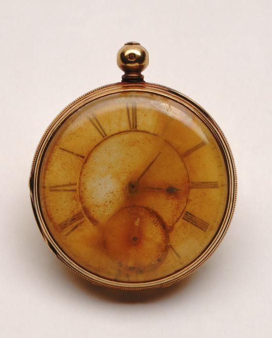 Des montres qui appartiennent à l'histoire ...  D813710