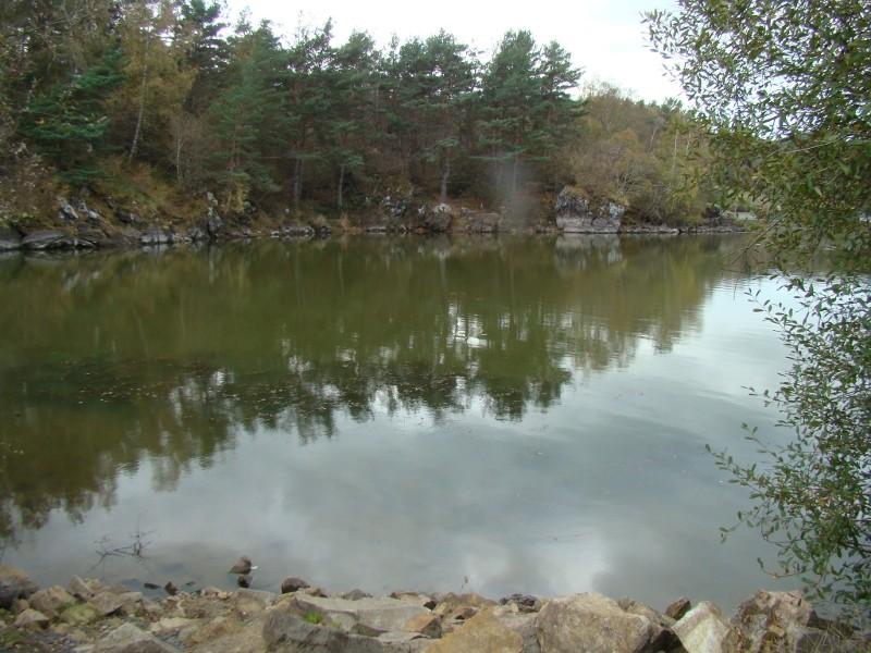 Puka et Chadka au Lac de la Cassière 19_lac10