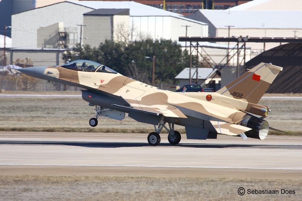 Photos RMAF F-16 C/D Block 52+ - Page 2 2011-113