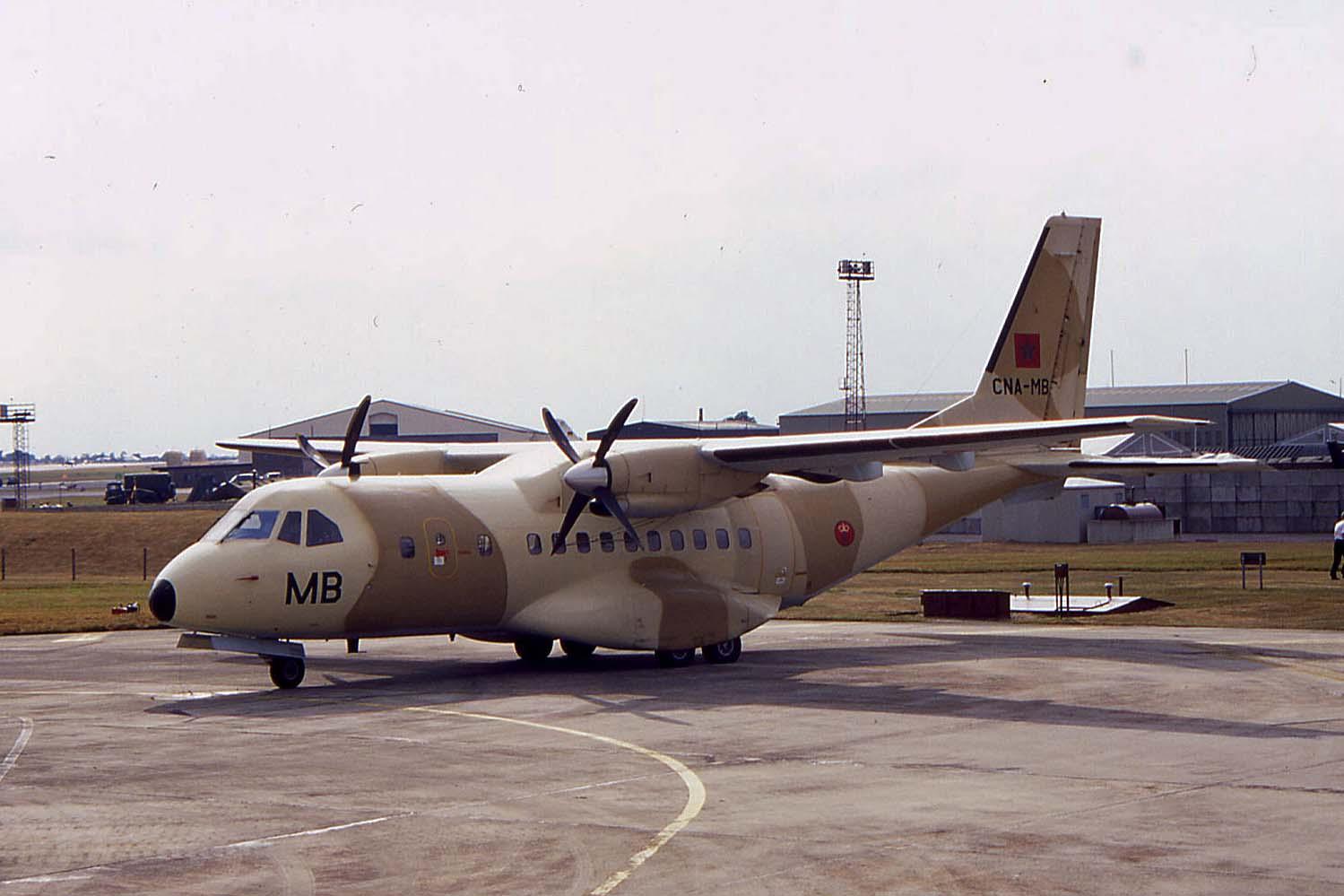 FRA: Photos d'avions de transport - Page 13 69279910