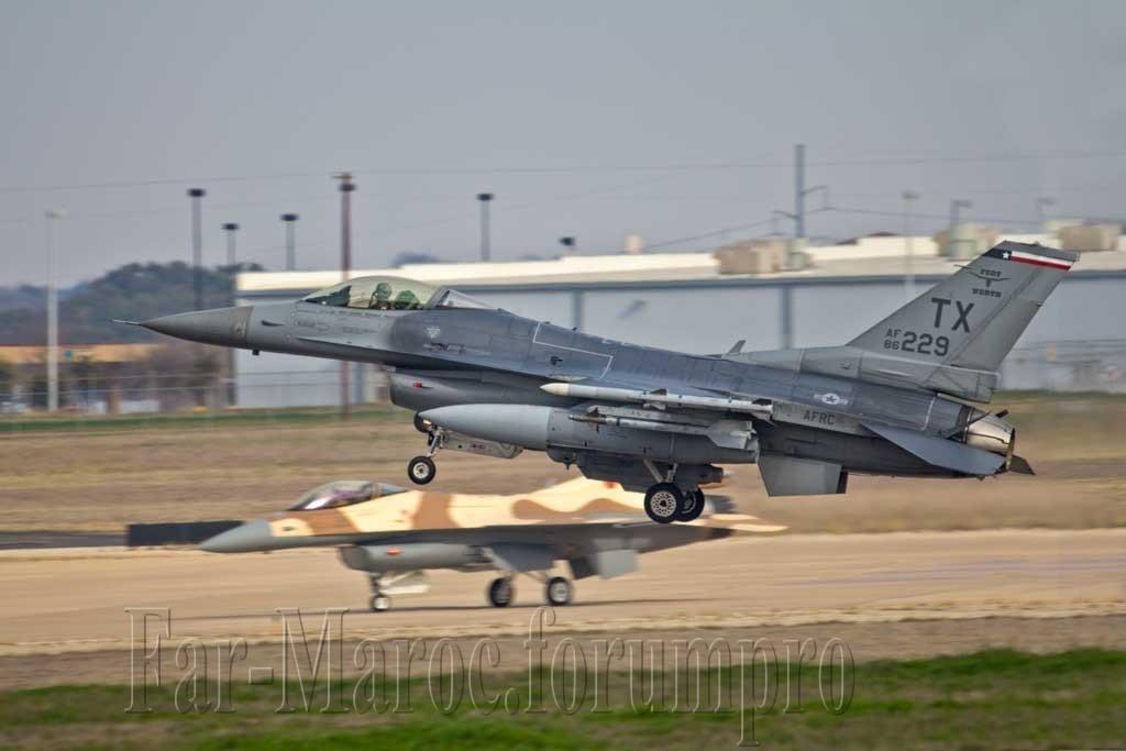 Photos RMAF F-16 C/D Block 52+ - Page 2 Img_6610