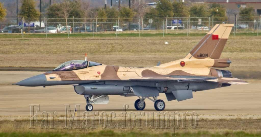 Photos RMAF F-16 C/D Block 52+ - Page 2 Img_6611